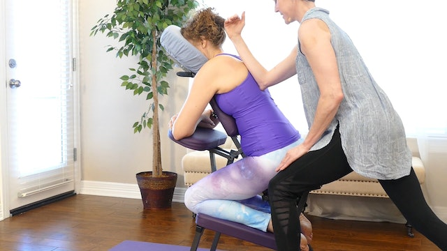 Chair Massage for Back, Neck & Shoulders with Jade