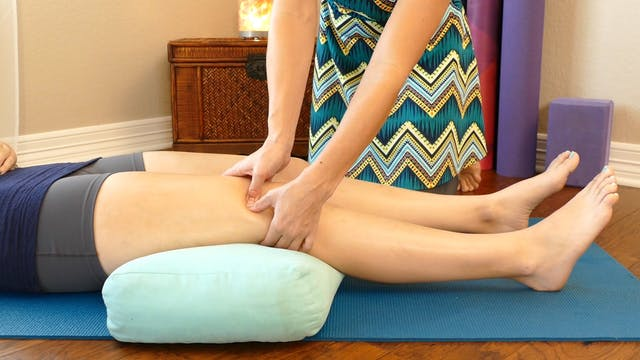 Knees Pain Trigger Points Front with ...