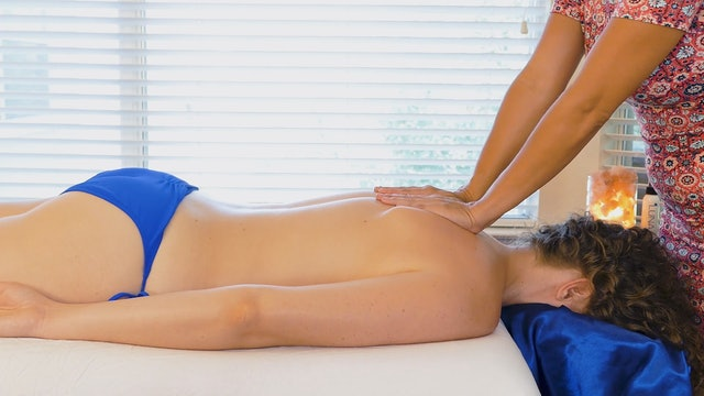 Simple Soothing Back Massage Routine with Chandler