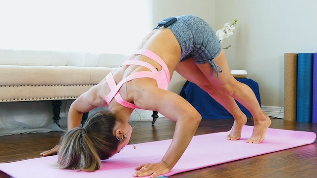 HIIT Workout For The Back with Hannah
