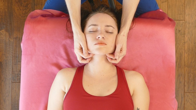 Relaxing Scalp Massage for PMS Headaches with Jade