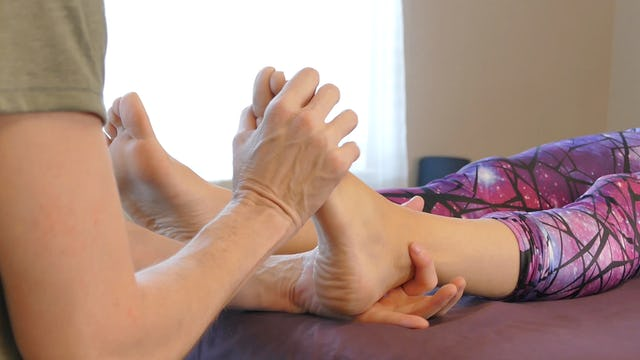 Foot Massage Basics: Part 2, with Jade