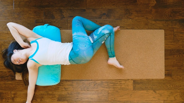 The 5 BEST Yoga Poses for Anxiety and Stress Relief