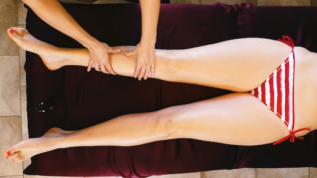 Massage with Meera: Front of Legs