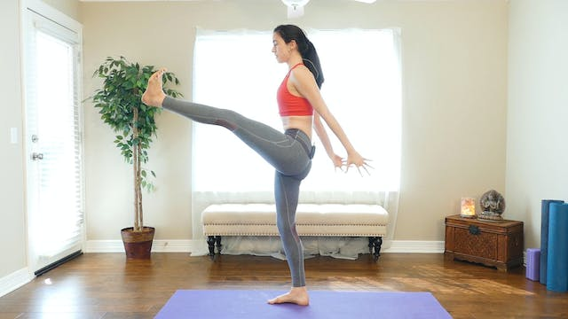 Day 19 - Power Yoga HIIT Workout, Tot...