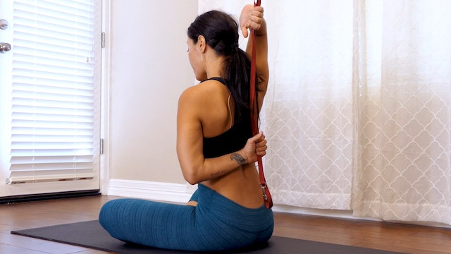 Dog Leash Stretches for Flexibility and Pain Relief