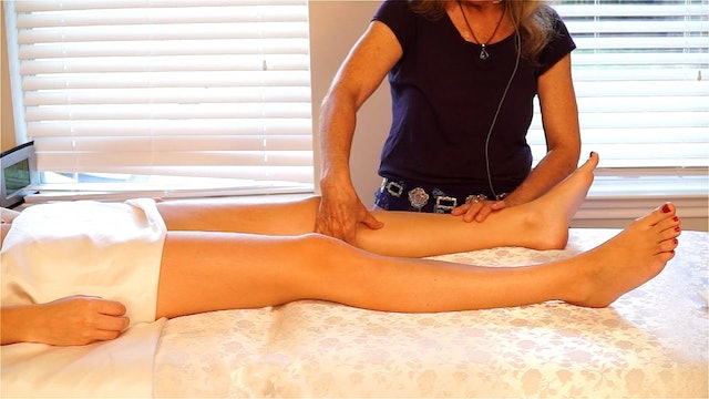 Massage for the Tops of the Legs