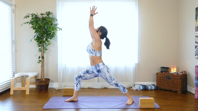 Standing Sequence To Reduce Bloating & Tone The Core
