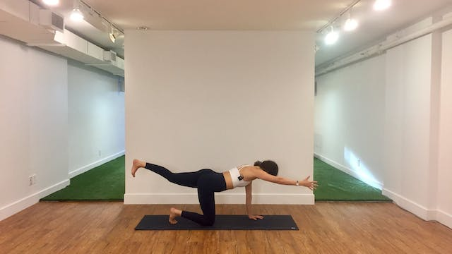 30 Minute Vinyasa Flow with Mylene Le...