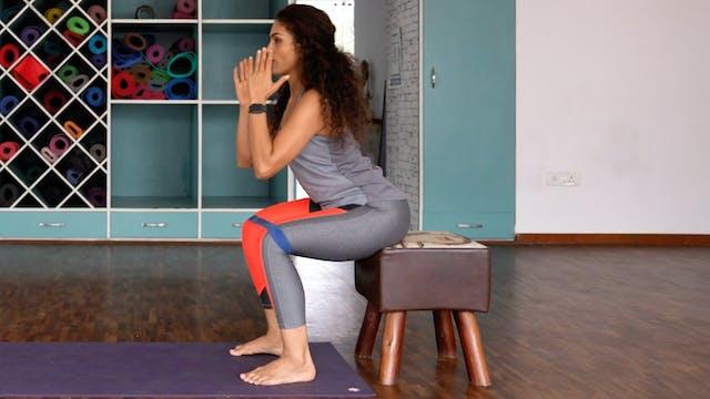 Knee Alignment 5: Squat with resistan...