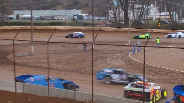 Frostbuster A Main Modifieds Legendary Hilltop Speedway 3/19/17