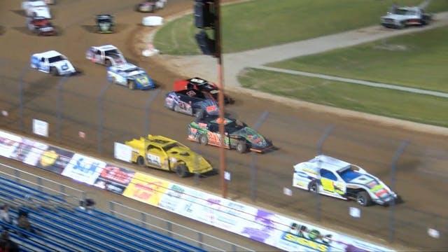 USRA Modifieds Lucas Oil Speedway 4/1...