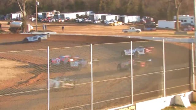 Turkey Bowl Heat Race Highlights