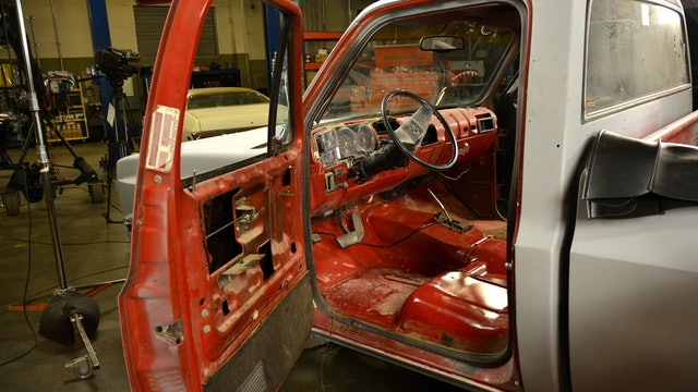 Old Dog – New Truck: Redoing your truck interior (Season 10 Episode 6)