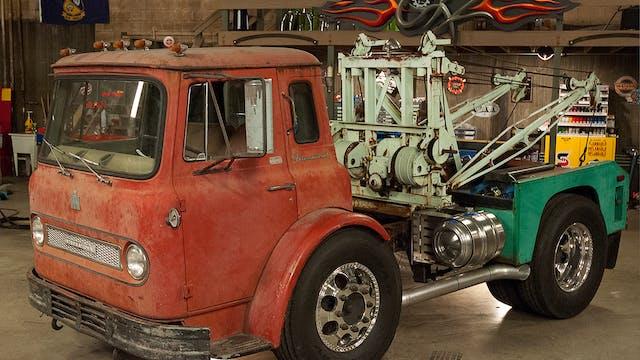 Heavy Metal Tow Truck (Season 7 Episo...