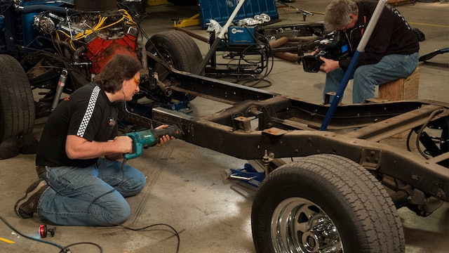 LMC Truck: Shortbed Conversion (Season 7 Episode 3)