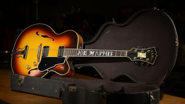 The Joe Maphis Guitar (Season 14 Epis...