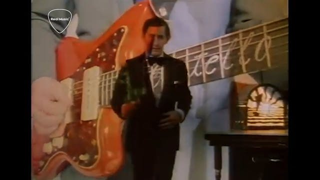 Jukebox Journey: Elvis Costello - Eve...