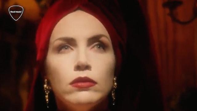 Jukebox Journey: Annie Lennox - Walking on Broken Glass