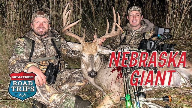 Cameraman Turned Bowhunter | Brown's Biggest Buck Ever | Realtree Road Trips