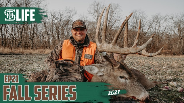A Monster Muzzleloader Buck | Cody Kelley's Iowa Stud | Small Town Life