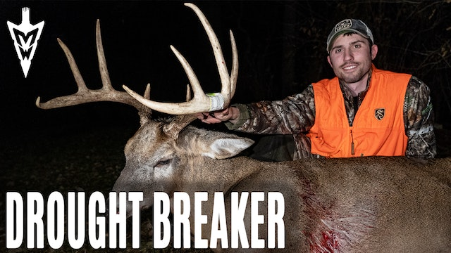 12-30-19: First Buck in 5 Years, Hunting over Sorghum | Midwest Whitetail