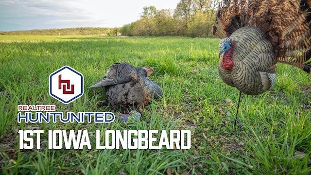 Ryan's First Iowa Longbeard | Fanning Turkeys in the Midwest | Hunt United