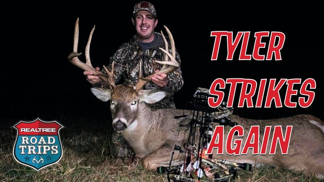 Tyler Tags a Grigsby Stud | Hunting the Rut in Illinois | Realtree Road Trips