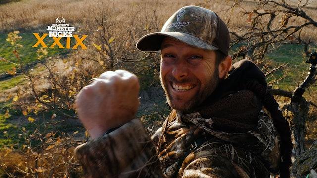 Tim Allen's Huge Iowa Whitetail | Monster Bucks 2021