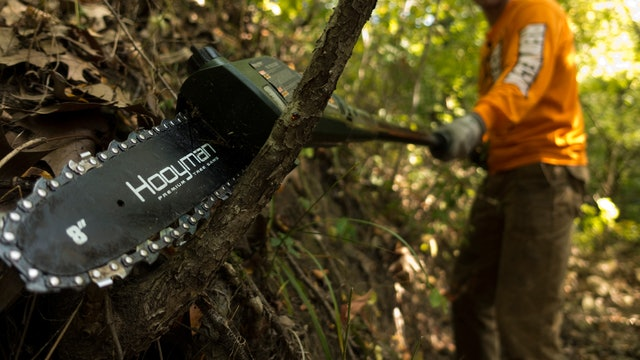 9-18-17: Clearing Ditches, Swirling Winds & Target Bucks | Midwest Whitetail