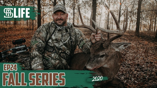 Bowhunting Southern Style | Larry McCoy's Mississippi Bow Buck | Small Town Life