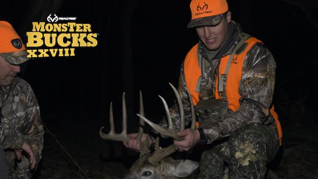 John Youngblood's Big Nebraska Buck O...