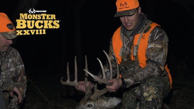 John Youngblood's Big Nebraska Buck O...