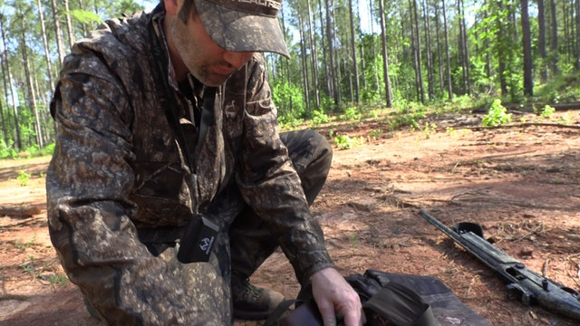 Ol' Tom Michael Waddell Series Turkey Hunting Vest | Realtree Tips and Reviews