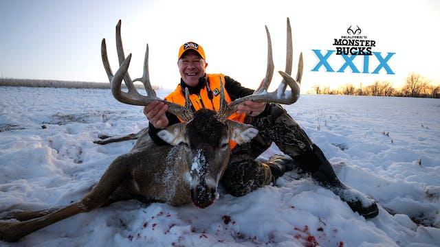 Mark Heck's Iowa Snow Buck | Monster ...