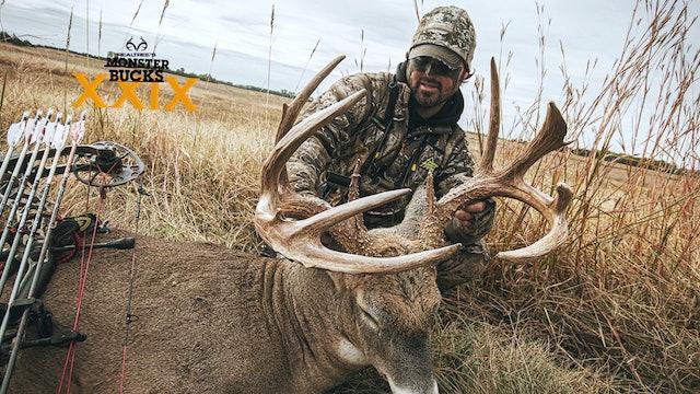 Nate Hosie's Kansas Monarch | Monster Bucks 2021
