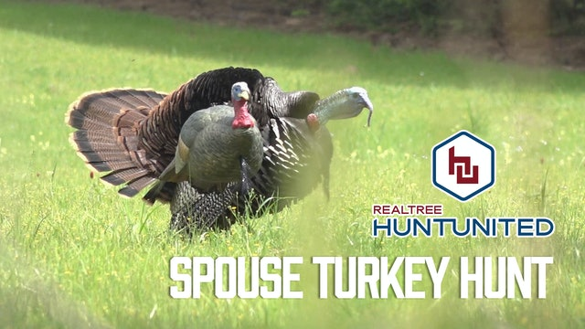 Husband-and-Wife Turkey Hunt | Hunting in the Secret Spot | Realtree Hunt United