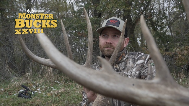 Jared Mills' Iowa Archery Whitetail in the Snow | Realtree's Monster Bucks