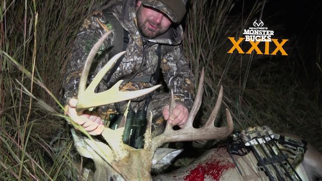 Bryan Brown's Biggest Buck Ever | Monster Bucks 2021