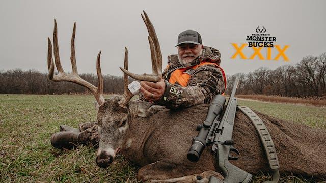 Keith Burgess' Black Powder Iowa Buck...