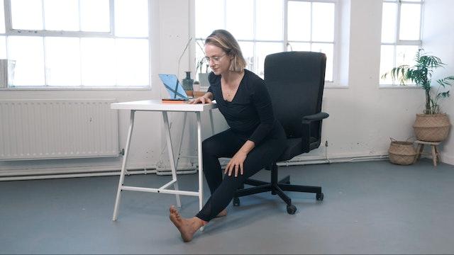 Desk yoga - Flow