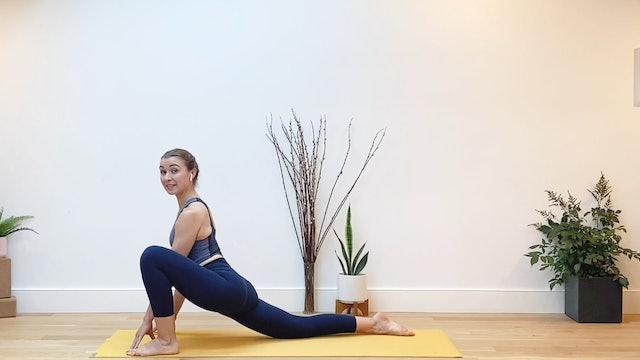 Full Body Yoga Flow : 20 Min.