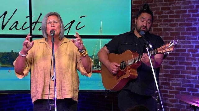 Session 3 - Worship with Cindy Ruakere, Luke Kaa-Morgan & Whanau