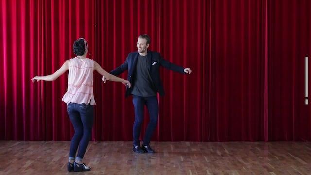 Visual Communication - Mirroring - 3 Music Dance Along