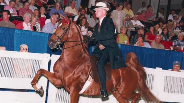 2015 UPHA Richard E. Lavery Professional Horseman's Award _Smith & Alexandra Lilly_
