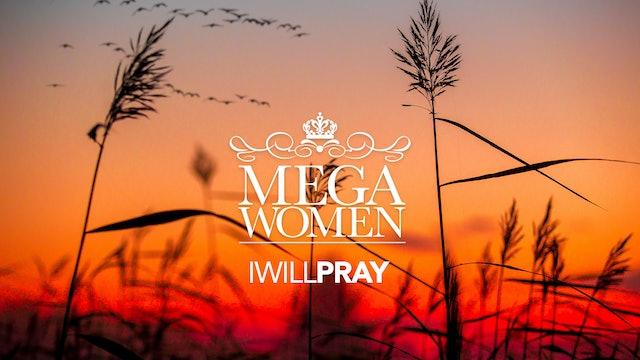 Mega Woman Praying / Oración Mega Mujer