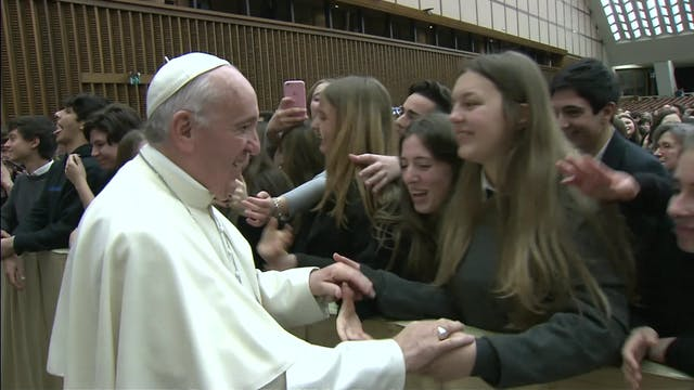 Pope to students: when you become a s...