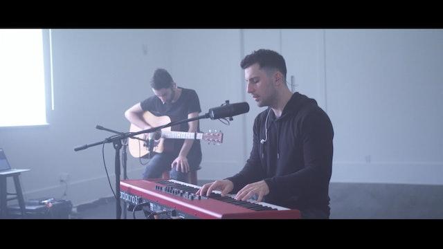 Musician's heartfelt melodies on faith and peace