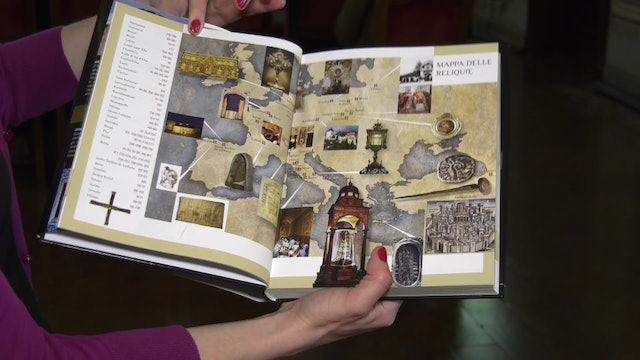 Book examining the relics of Jesus' life presented at Order of Holy Sepulchre