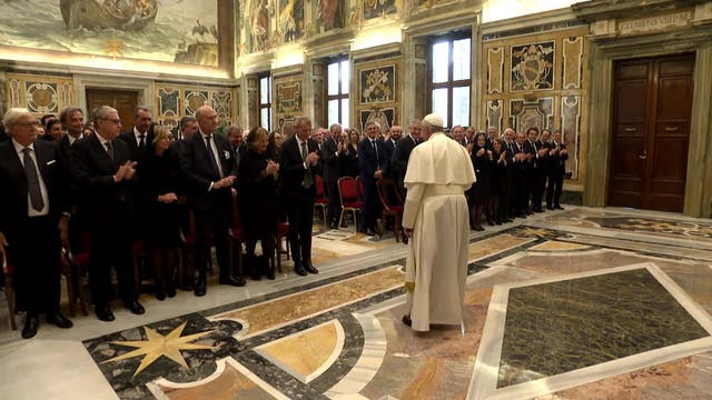 Pope Francis asks notaries to work wi...